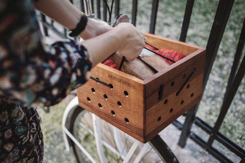 SPOTTY wooden bicycle crate